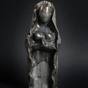 Vierge-Raku-1100g-7x7x21cm